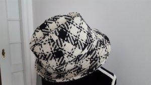 schwarz weisser Hut!