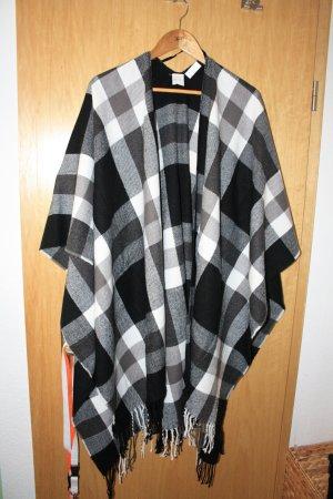 Poncho black-white polyacrylic