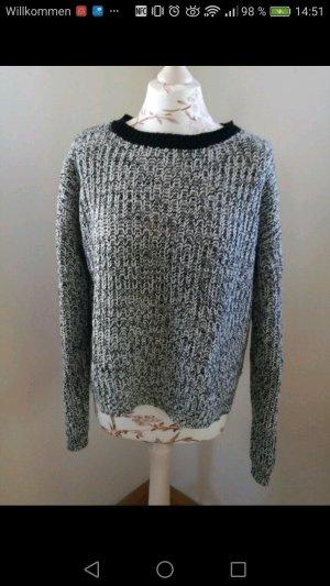 schwarz/weißer Pullover