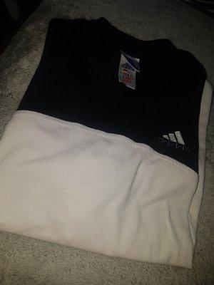 schwarz/weißes adidas shirt.