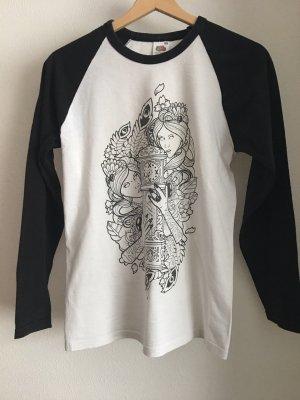 schwarz-weißes baseball-shirt mit aufdruck