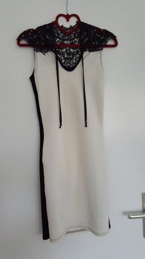 schwarz/weißes Kleid