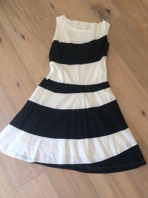 Skunkfunk Cut out jurk zwart-wit