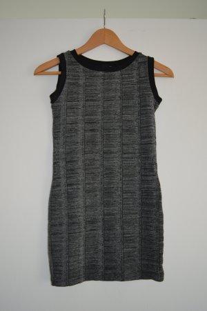 Schwarz-weißes Minikleid Gr.S Zara