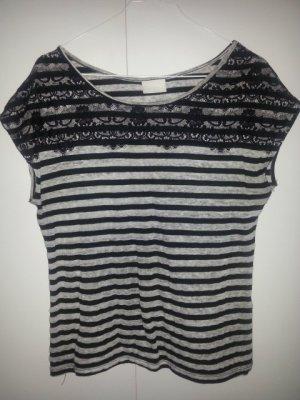 Schwarz/weißes Streifenshirt mit Spitze