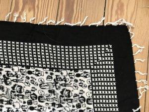 schwarz weisses Tuch