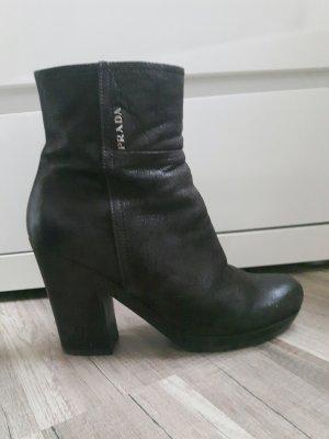 schwarzbraune Prada Stiefel