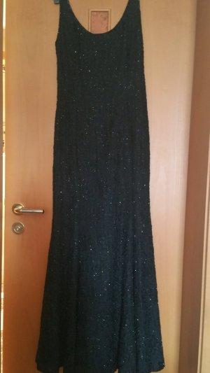 Schwarze Abend kleid massgeschneidert