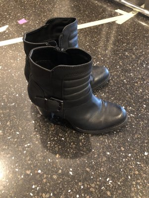 Graceland Winter Booties black