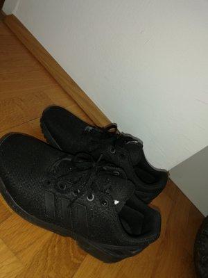Schwarze Adidas Originals in Größe 39