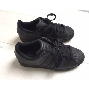 Adidas Originals Lace-Up Sneaker black leather