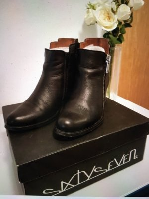 Sixtyseven Ankle Boots black leather