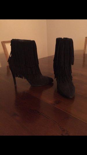 schwarze Ankle Boots Stiefeletten Zara Blogger Fransen
