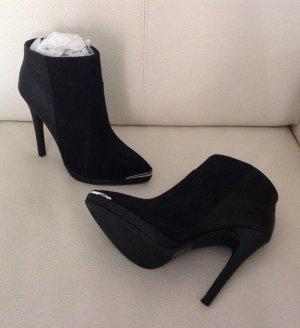 Schwarze Ankle Boots ungetragen