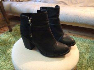 Schwarze Ankleboots von H&M