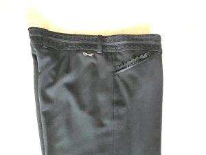 Schwarze Anzughose mit Spitzendetails