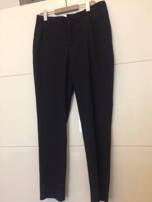 Schwarze anzughose von Filippa k, Größe large, neuwertig, nur 1x getragen. Neupreis 180 Euro