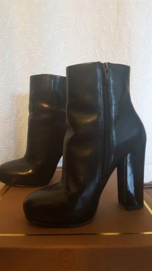 Schwarze Ash-Stiefeletten mit Reißverschluss (1x getragen)