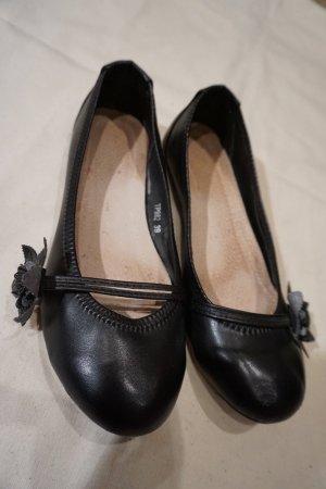 schwarze Ballerinas aus Leder mit Blüte made in Italy Größe 39