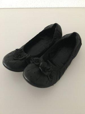 schwarze ballerinas mit blumen