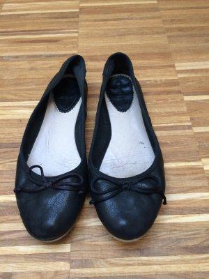 Schwarze Ballerinas von Zara
