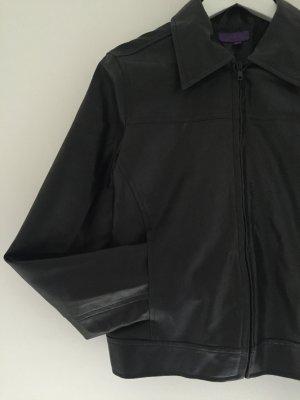 Schwarze Biker-Jacke