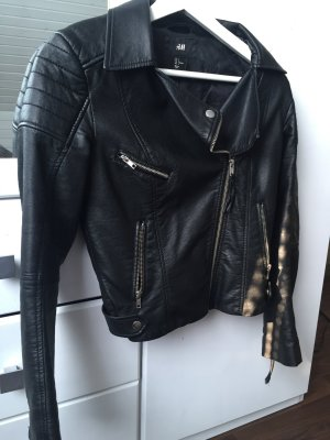 Schwarze Bikerjacke