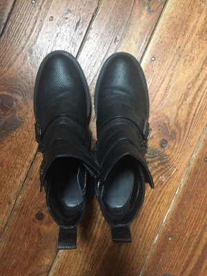 Schwarze Bilder Zara Stiefeletten