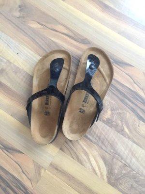 Birkenstock Sandalo infradito con tacco alto nero