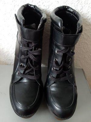 schwarze block high heels