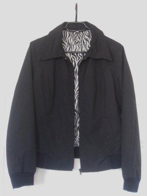 Schwarze Blousonjacke mit Kragen