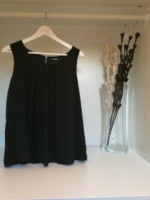 schwarze Bluse mit Faltmuster