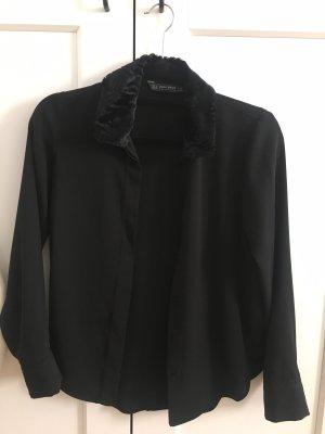 Schwarze Bluse mit Fellkragen XS