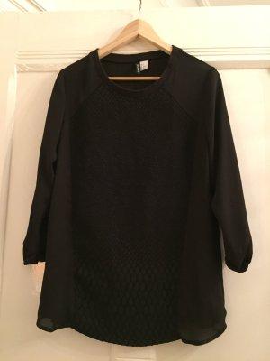 Schwarze Bluse - Rückenteil leicht durchsichtig