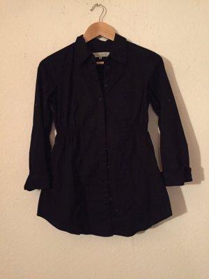 Schwarze Bluse tailliert