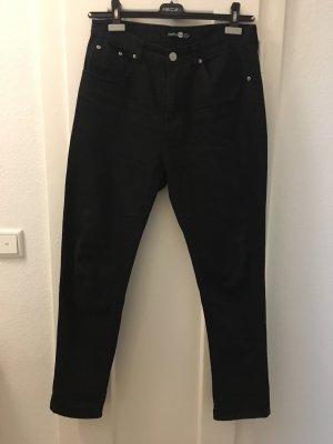 Schwarze Boohoo Mom Jeans