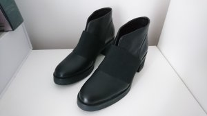 COS Boots black leather