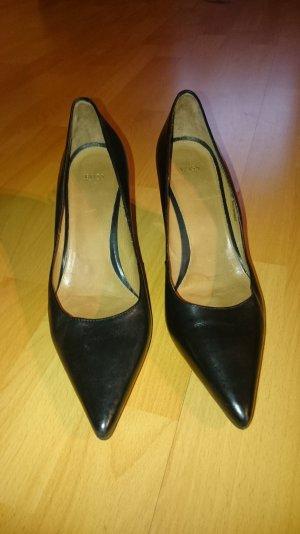 Schwarze Boss Schuhe