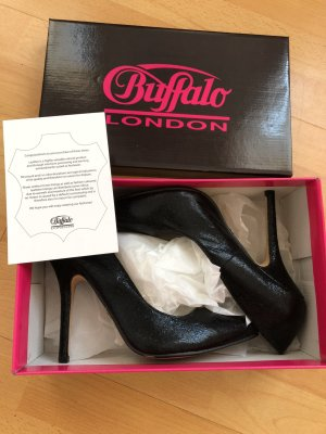 Schwarze Buffalo High Heels