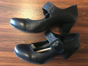 Ariane Zapatos formales negro