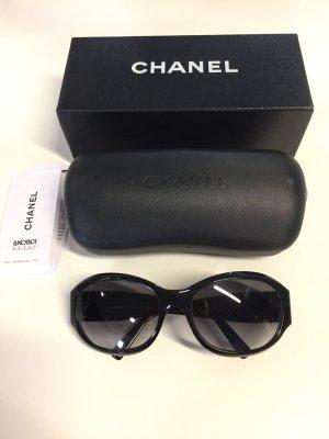 Schwarze CHANEL Sonnenbrille Modell 5070