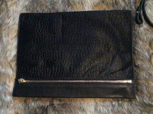 Schwarze Clutch mit abnehmbaren Henkel von Zara