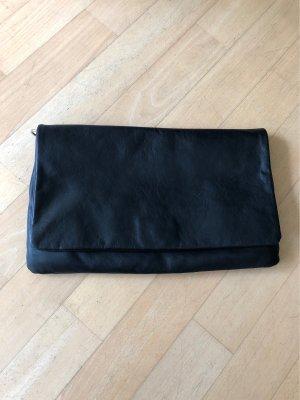 Schwarze Clutch oder Umhängetasche aus Leder
