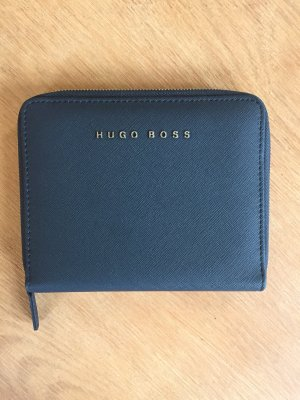 Schwarze Clutch von Hugo Boss