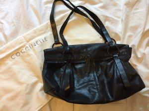 Schwarze Coccinelle Lederhandtasche