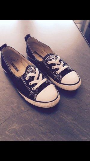 Schwarze Converse Chucks