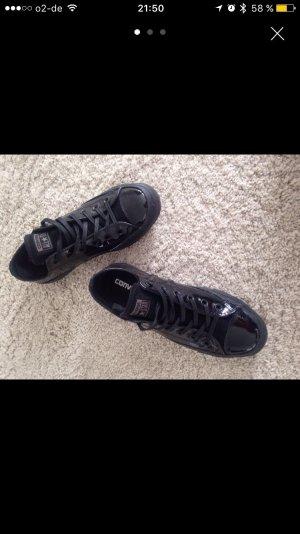 Schwarze Converse Lack