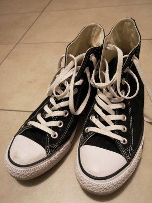 Schwarze Converse Schuhe