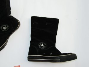 schwarze Converse Stiefel