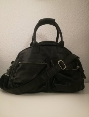 Schwarze Cowboysbag
